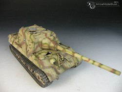 Picture of  Jagdtiger Tank Built & Painted 1/35 Model Kit