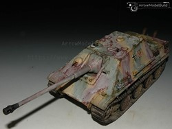 Picture of Jagdpanther Tank (In the Snow) Built & Painted 1/35 Model Kit
