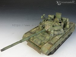 Picture of T-80U Main Battle Tank Built & Painted 1/35 Model Kit
