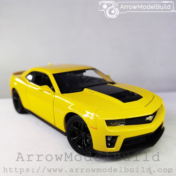 Picture of ArrowModelBuild Chevrolet Camero (Black Wheels) 1/24 Model Kit