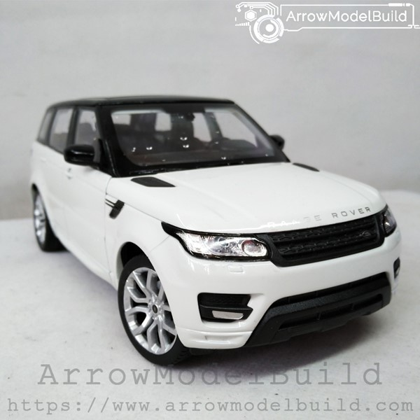 Picture of ArrowModelBuild Land Rover Custom Color (Carrry White) 1/24 Model Kit
